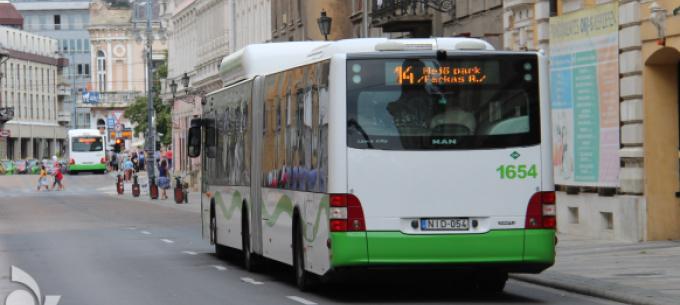 Hétvégén óraátállítás, változik a helyi közlekedés
