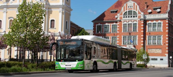 Többlet autóbuszok közlekednek március 18-tól munkanapokon