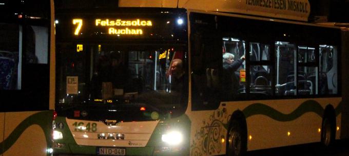 Autóbusz-megállóhely áthelyezés Felsőzsolcán