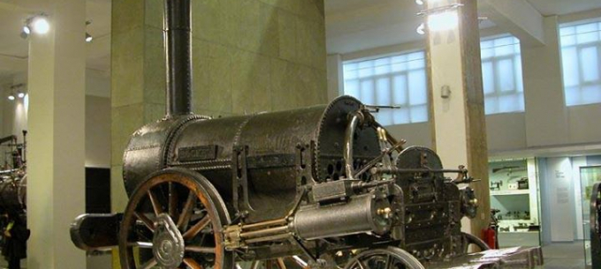 Közlekedéstörténet: 114 éves az első gőzmozdony