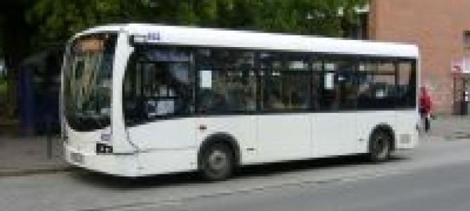 4 darab Plasma midibusz eladó