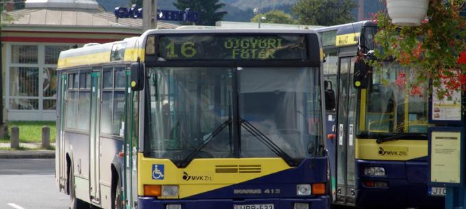 Rally a 16-os autóbusz vonalán
