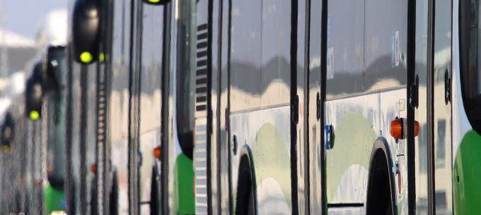 Forgalomterelés és megálló áthelyezés a Népkertnél