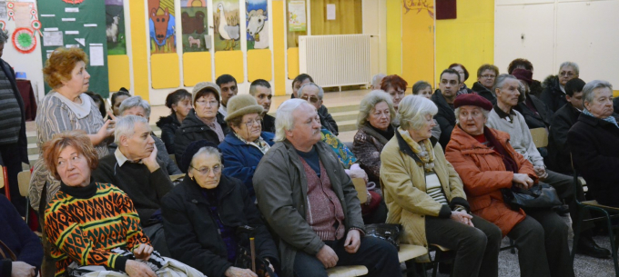 Lakossági fórum a szirmai Kultúrházban