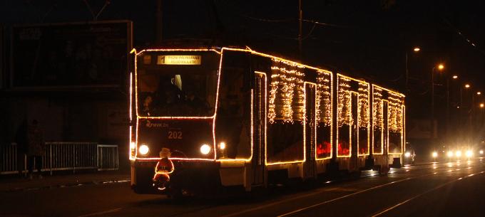 December 23-án késő estig jár az adventi villamos