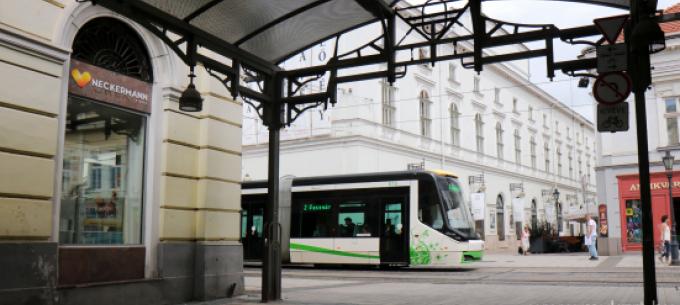 Közlekedési és bérletpénztári információ május 1-re