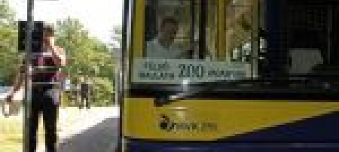 Közel 5000-en utaztak igény szerint a ZOO járattal