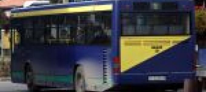 Szóló helyett csuklós autóbusz a 9-es autóbusz egyik fordulójában