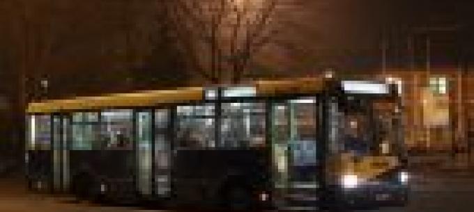 Villamospótló autóbuszok közlekednek este a Tiszai pályaudvar és a Selyemrét megállóhely között