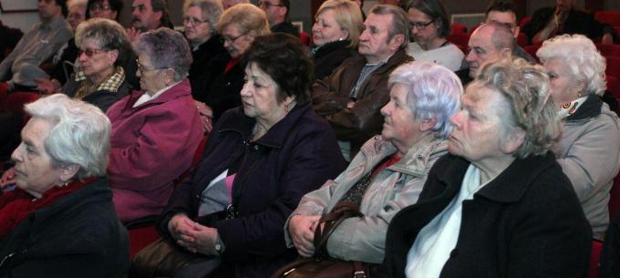Lakossági fórum a Gárdonyi Géza Közösségi Házban