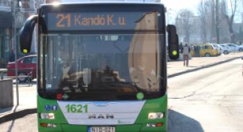 További 21-es busz érinti igény szerint a Szondi György utca megállóhelyet