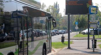 Péntek este a 20-as autóbusz az Egyetemváros érintésével közlekedik